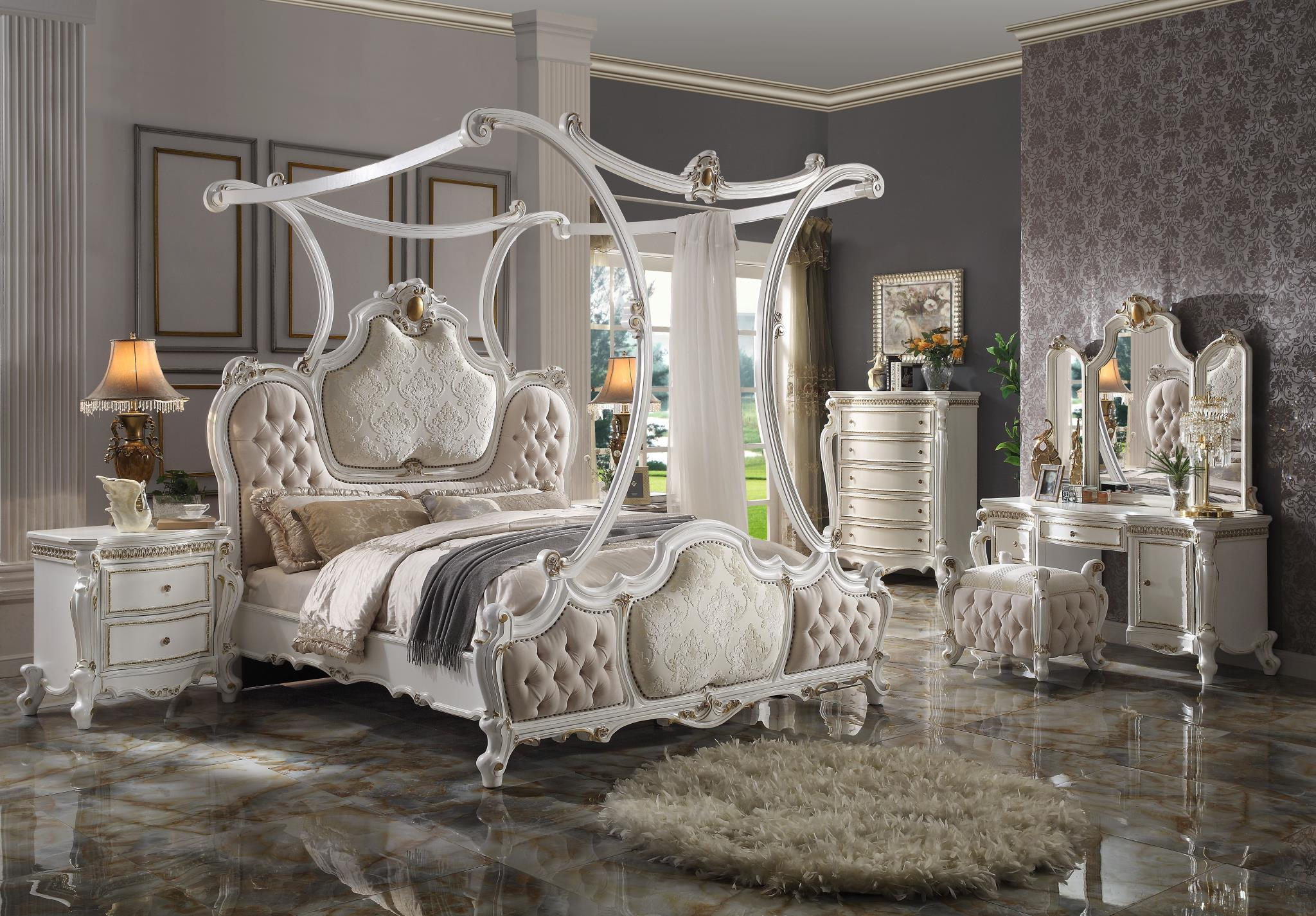 Complete Canopy Bed Set