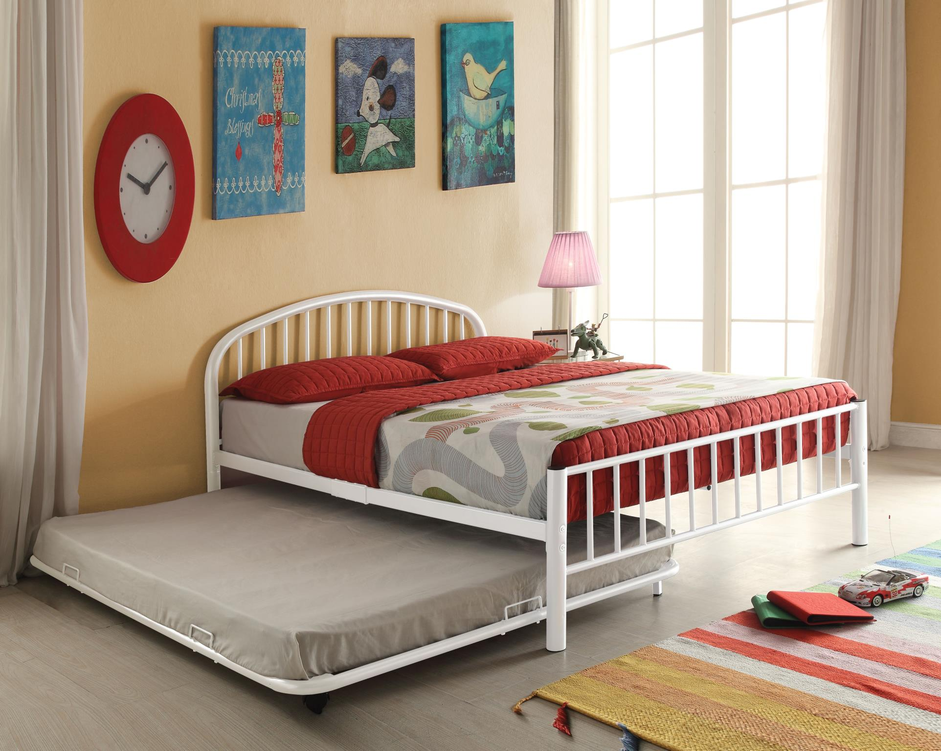 White Metal Frame Bed w/ Trundle