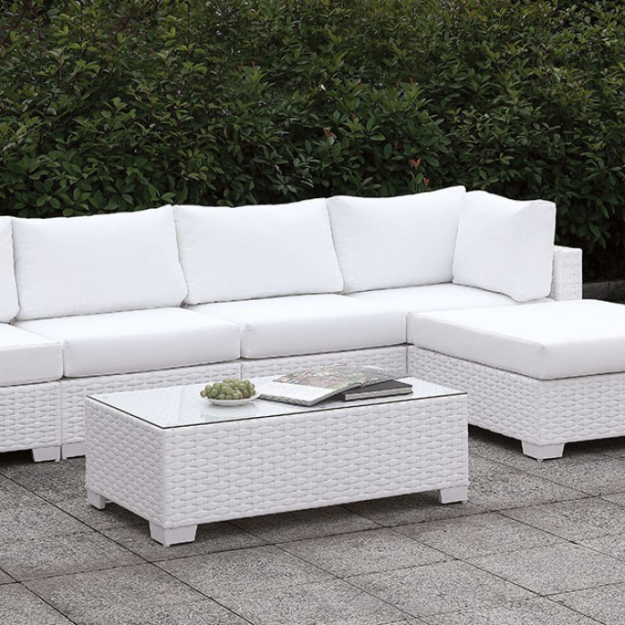 Patio L-Sectional Sofa Set w/ Right Chaise and Coffee Table Close Up