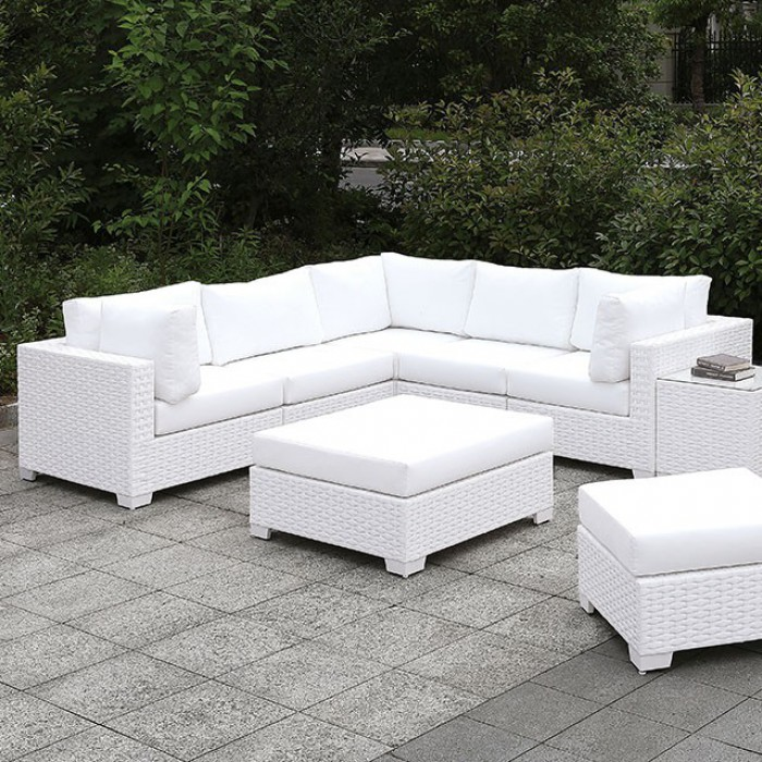 Patio L-Sectional Sofa Set w/ Chair and Ottomans Close Up