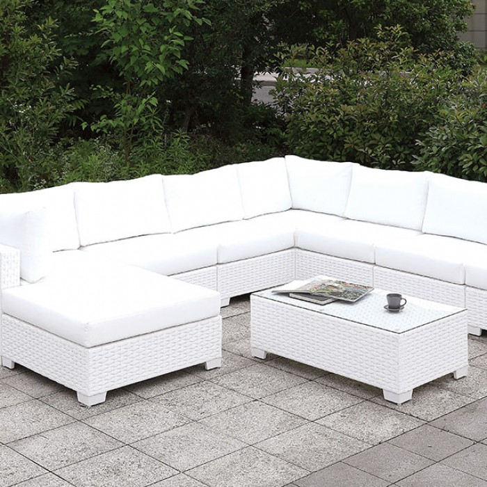 U-Sectional w/ Coffee Table Close Up