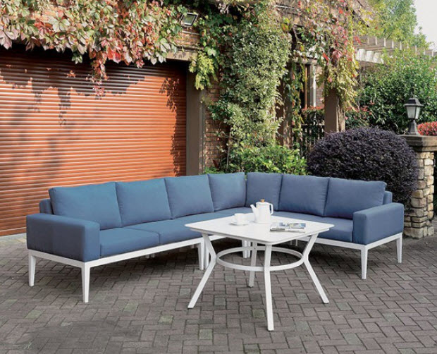 Sectional Sofa & Table