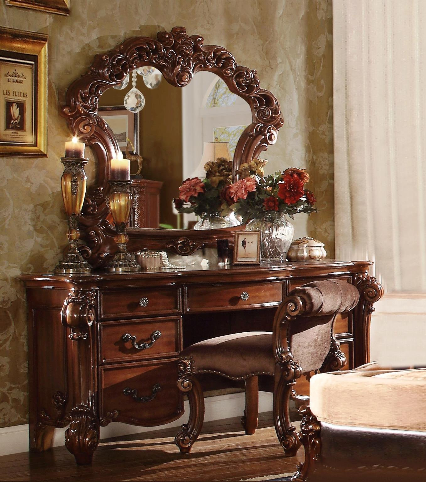 Vendome Vintage Traditional Vanity Desk